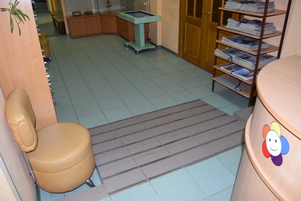Иркутская областная детская библиотека имени Марка Сергеева читатели дети школьники доступная среда