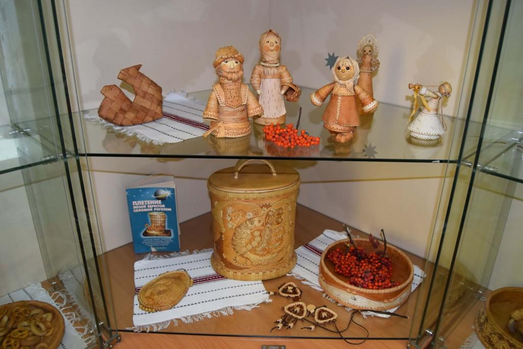 береста Вера Верхотурова Иркутская областная детская библиотека им. Марка Сергеева куклы игрушки