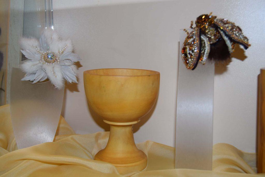 вазочка броши